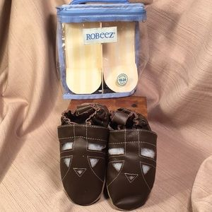 Robeez NWT leather walking shoes